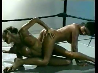 hot nude oil wrestling
