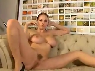 GIANNA MICHAELS & SARA JAY are having fun