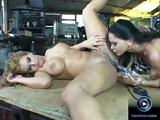 Dorothy Black and Christina Bella going wild on their lesbian session