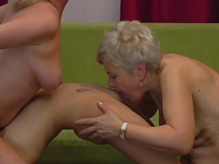 Hot tongue licking pussy