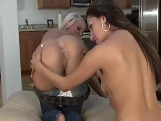 Sloppy lesbian kissing.