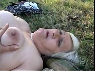2 mature fat amateurs lesbians