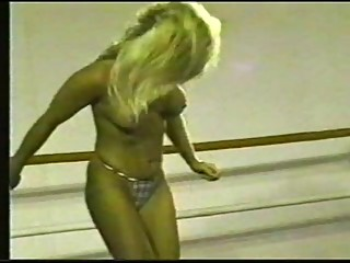 Retro Blond Wrestling