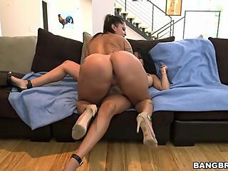 Big booty lesbian