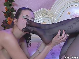 Foot Lesbians